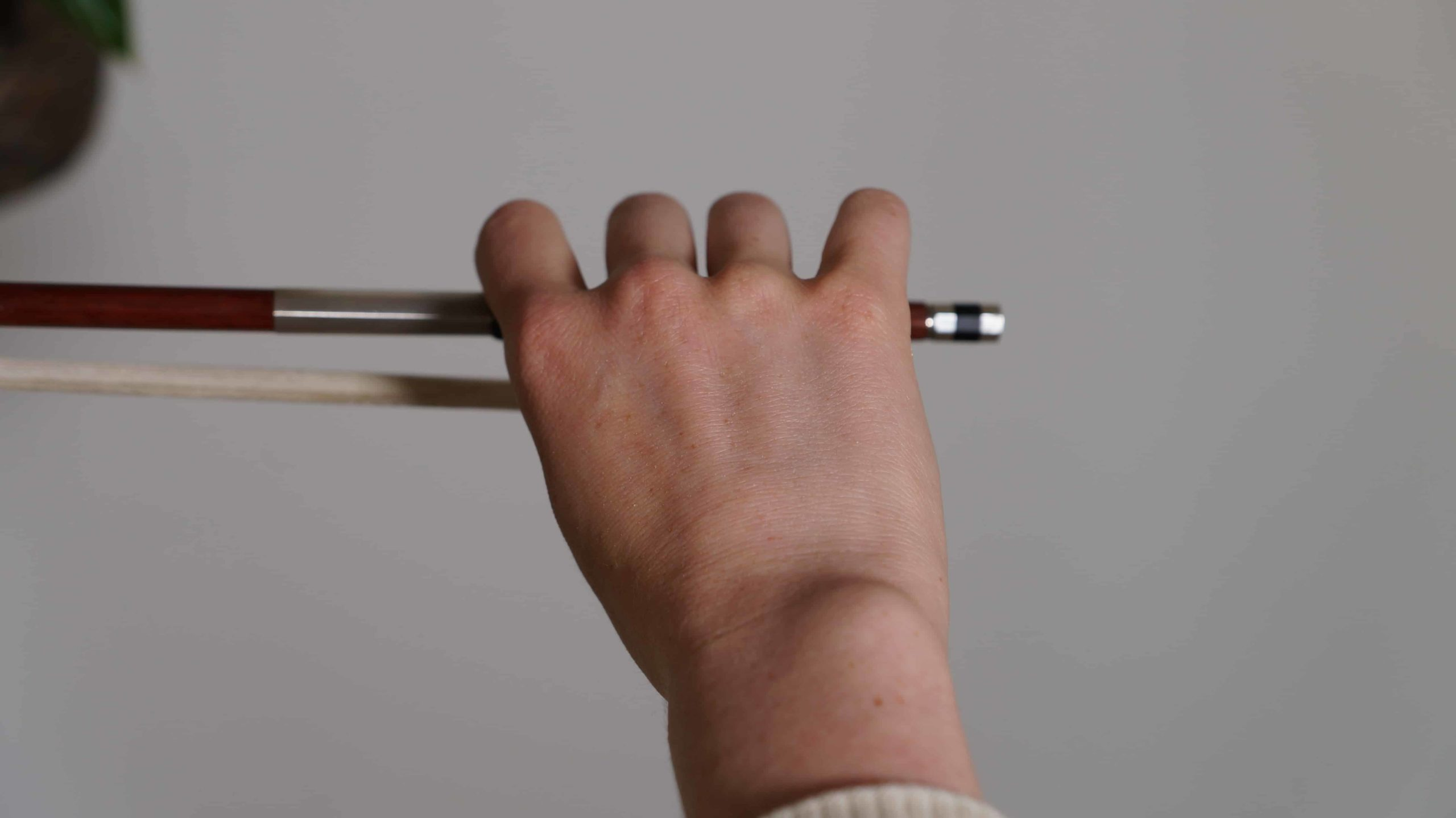 how to hold a violin bow violinist view
