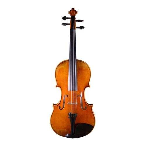 Playing the Violin Left Handed - Fiddlerman Lefthanded Master Violin Front