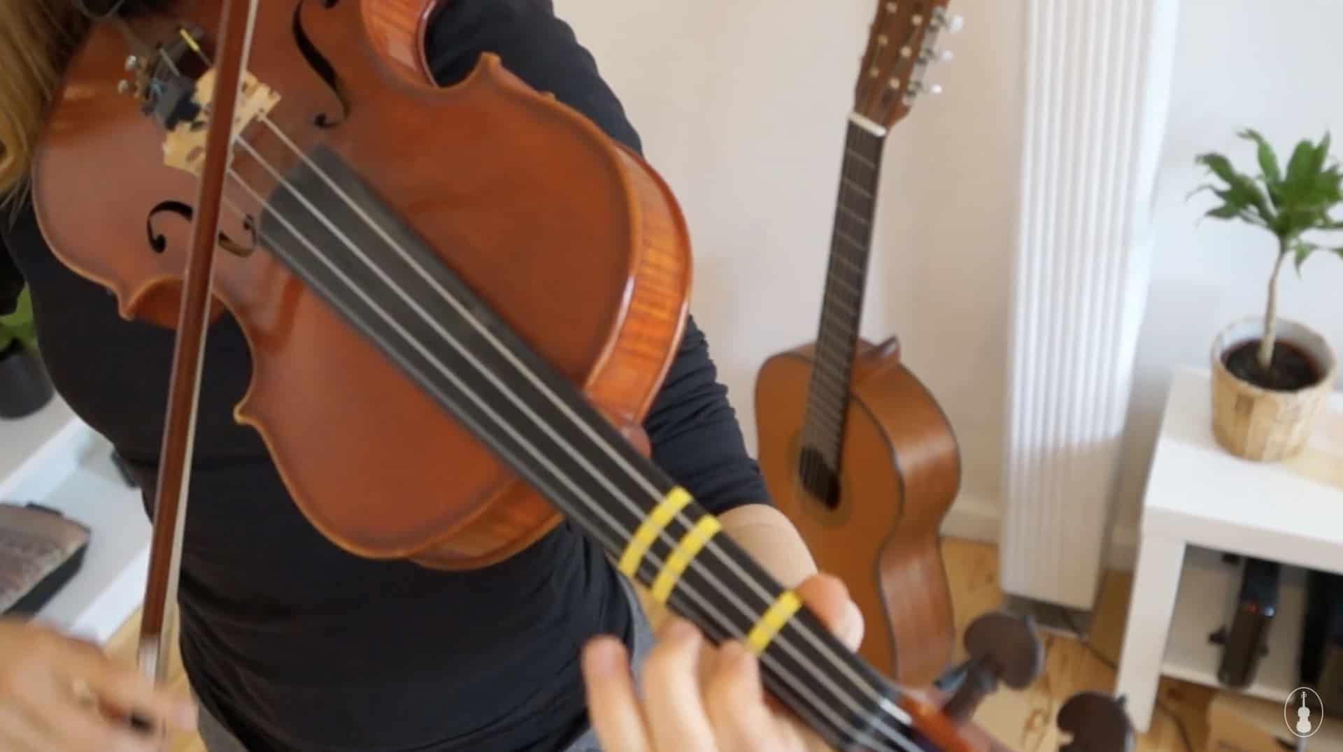How to play Auld Lang Syne -Violin Lesson
