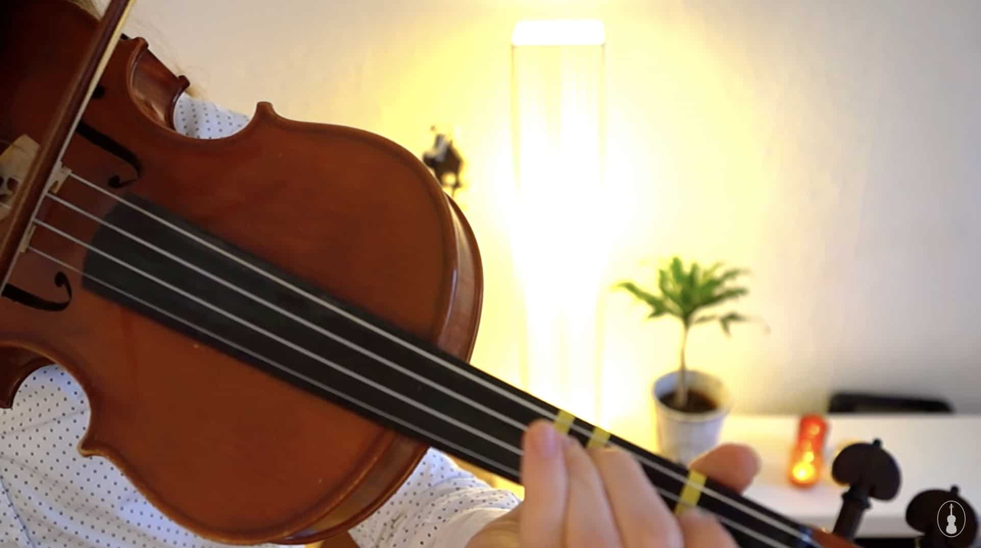 How to play Away in a Manger – Violin Lesson