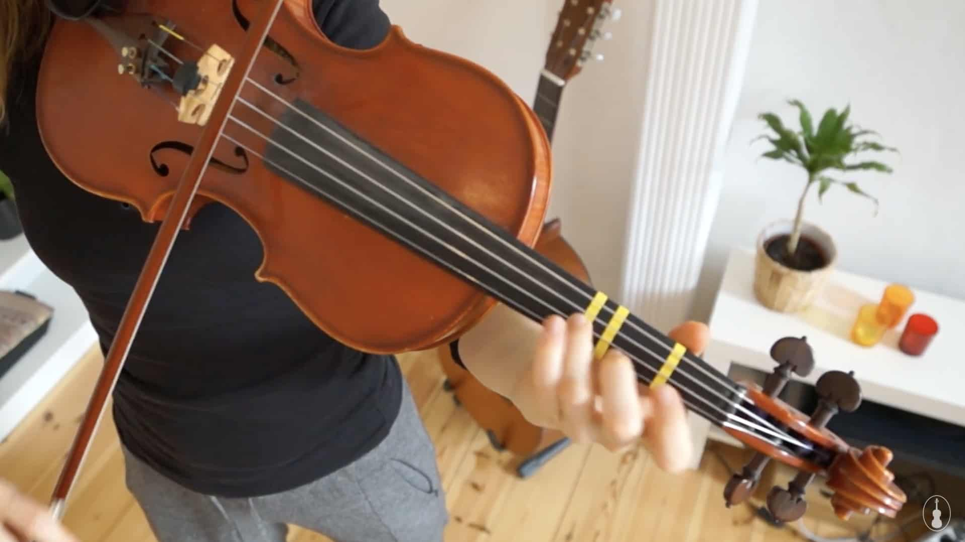 How to play For He's A Jolly Good Fellow