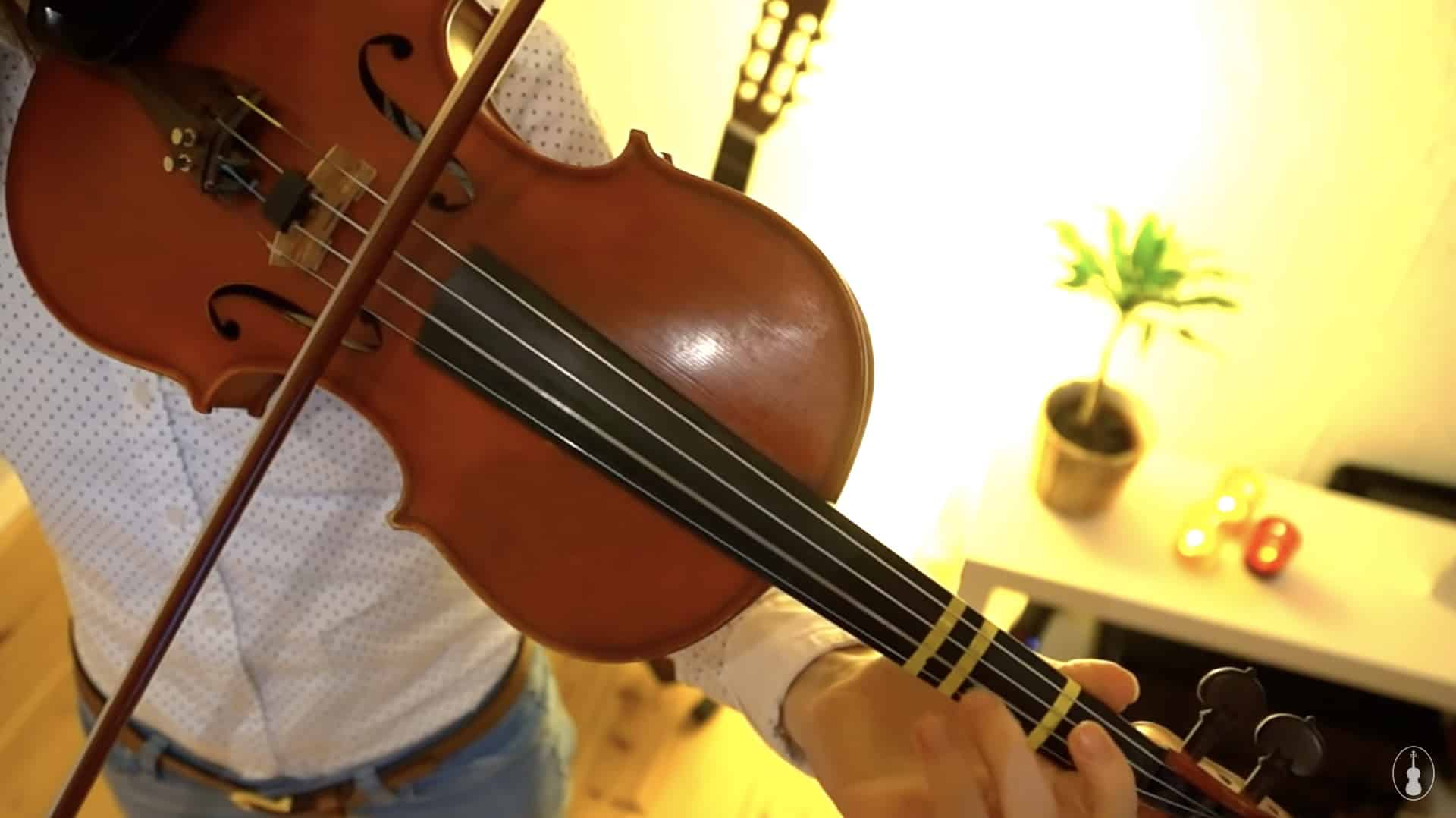 How to play Silent Night – Violin Lesson