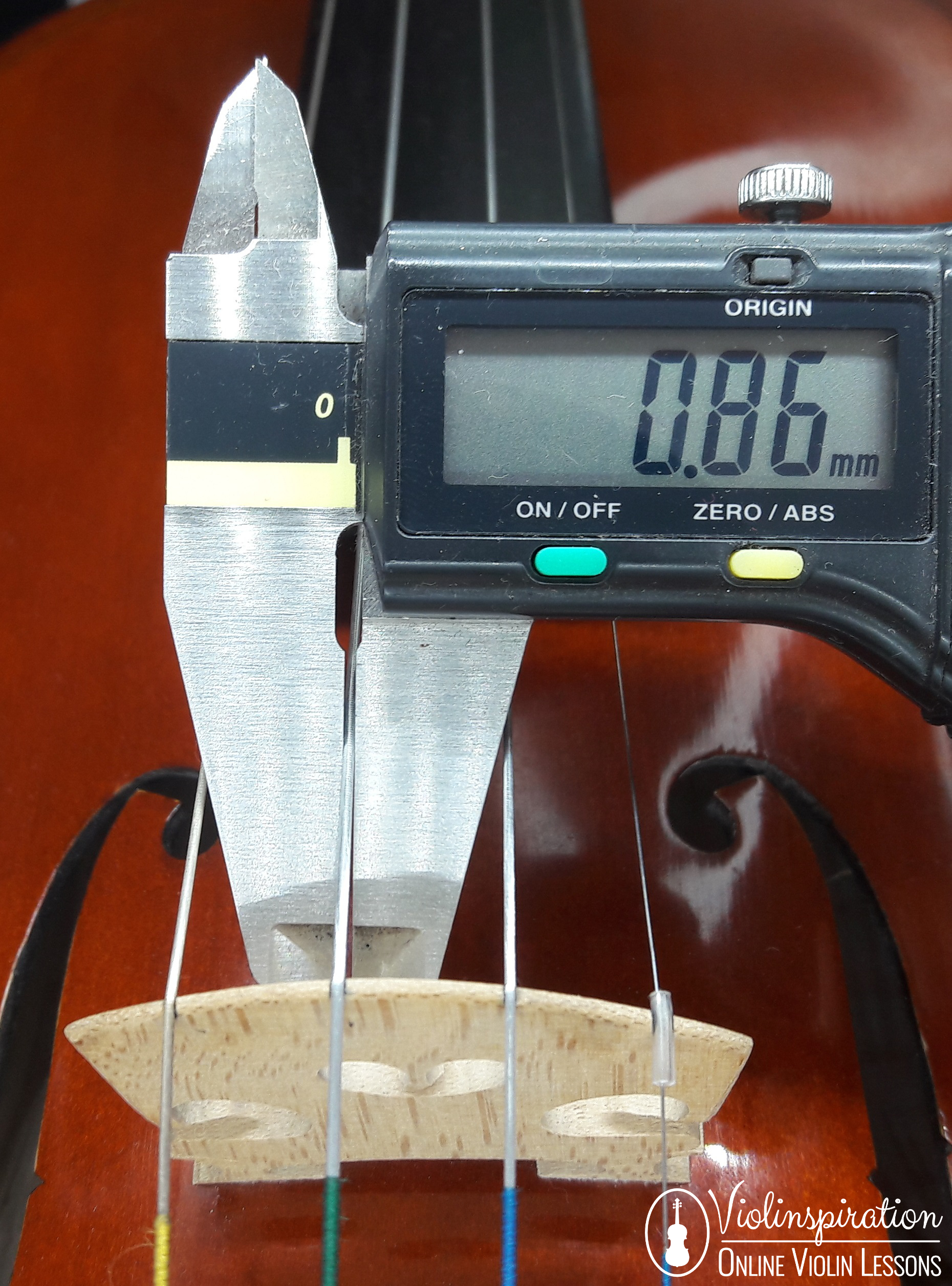 String gauge measured with a calliper