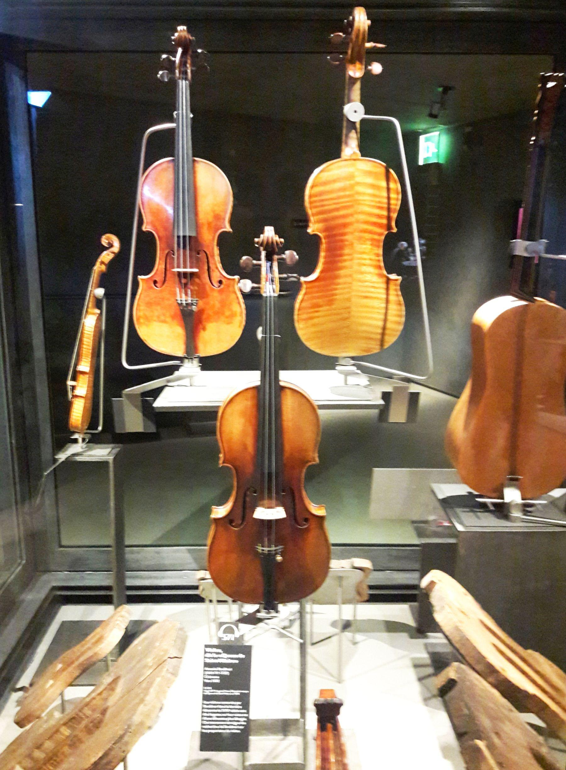 The 5 Most Expensive Violins in the World - violins and forms from Stradivari's workshop