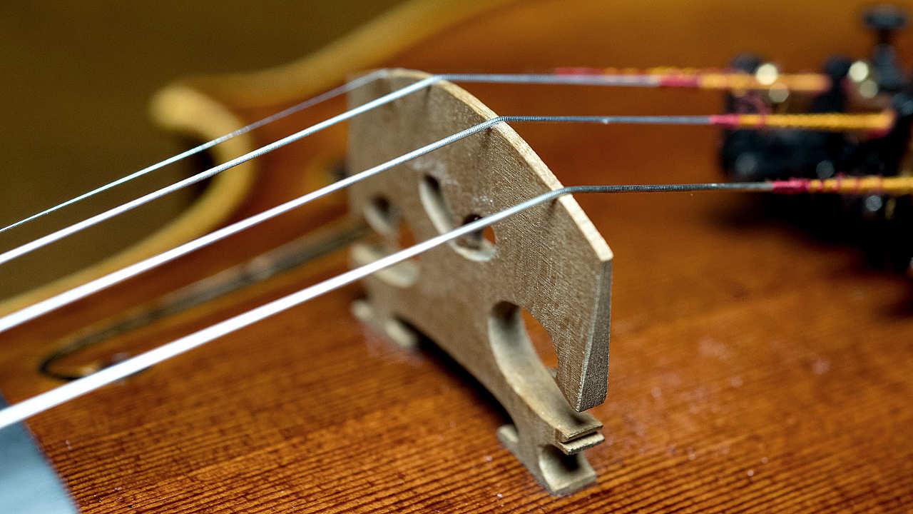 Violin Bridge - 90-degree angle